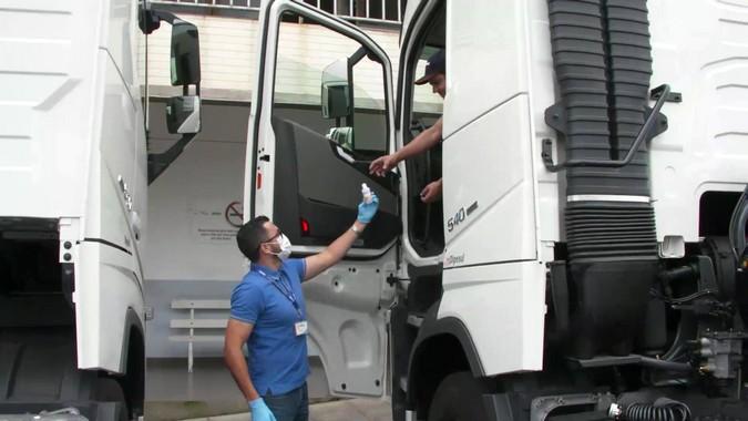 Rede de Distribuidores Randon participa de campanha de prevenção à Covid-19 para caminhoneiros