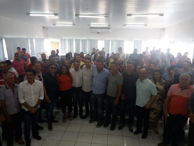 Sob muitos aplausos, Fabrício Coelho se torna o novo secretário de saúde de Tuntum