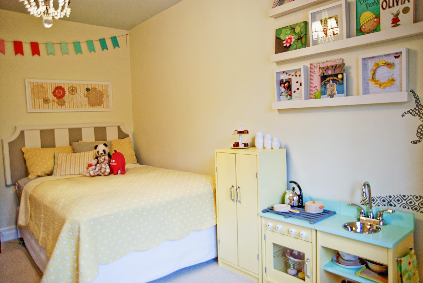 Rambling Renovators | nursery bedroom yellow