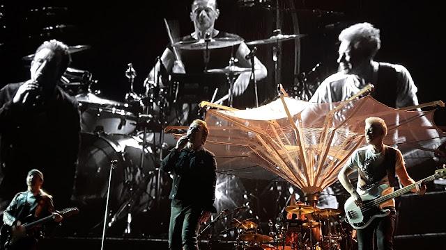 Berlin U2 Fan 2017