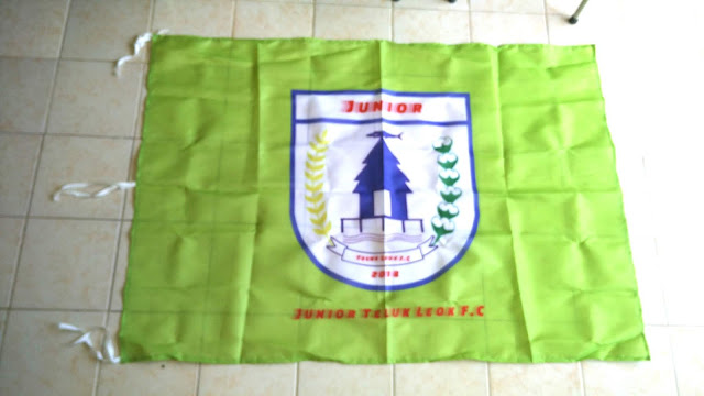 Bendera Junior Teluk Leok