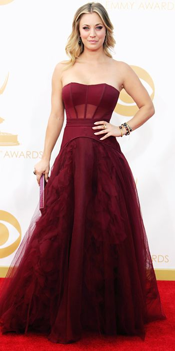 Kaley Cuoco in Vera Wang at the 65th Annual Primetime Emmy Awards, 2013