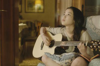 """Là con gái học đàn Guitar càng """"tuyệt"""""""