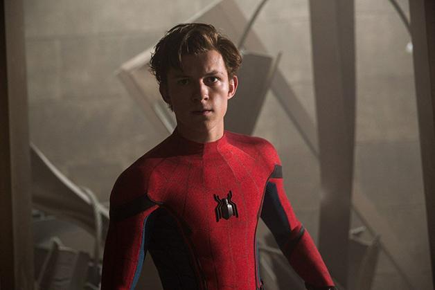 Galeri Foto Terbaru Spider-Man Homecoming Tampilkan Bibi May dan Teman Sekolah Peter Parker