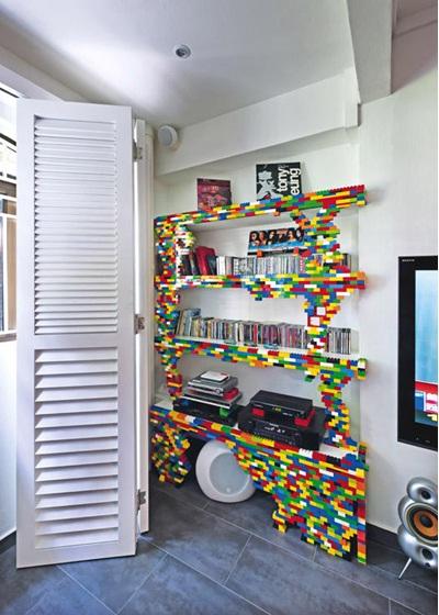 22. Rak buku dari lego