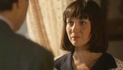 Na Novela Éramos Seis: Almeida pede Clotilde em casamento e leva fora feio