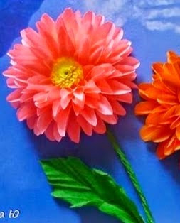 http://translate.googleusercontent.com/translate_c?depth=1&hl=es&rurl=translate.google.es&sl=en&tl=es&u=http://wonderfuldiy.com/wonderful-diy-paper-dahlias-flower/&usg=ALkJrhgnIN57q89KtTpeGTLbwMSIW4G2GQ