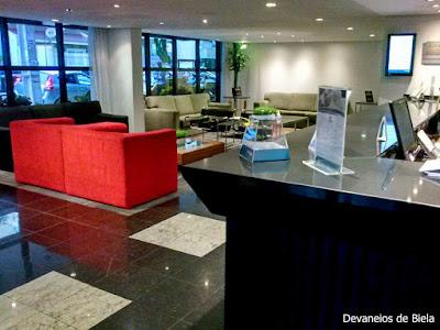 Hotel Slaviero Suítes Curitiba Lobby Recepção