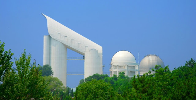 The Guo Shoujing Telescope. Credit: Paul Hilscher