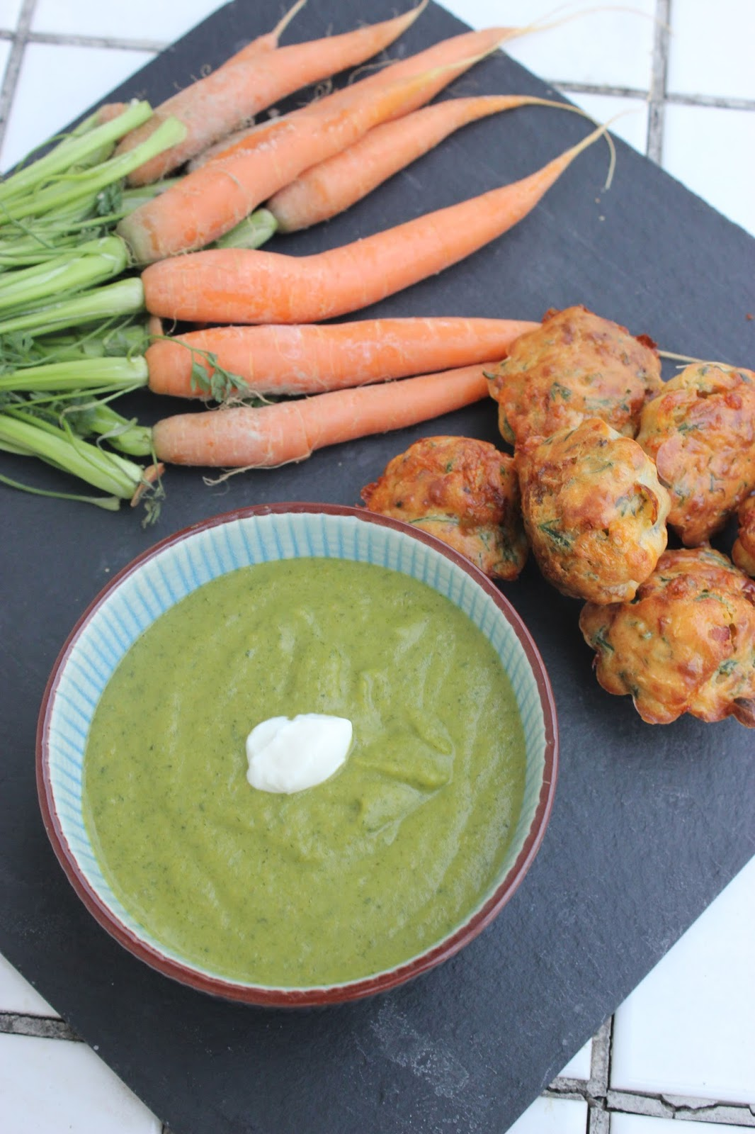 Minis muffins et velout aux fanes de carottes - Cuisiner fanes de carottes ...