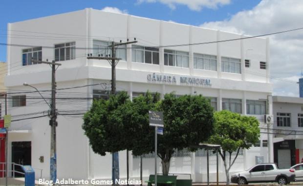 Câmara de Vereadores de  Delmiro realiza sessão extraordinária nesta sexta-feira  (20)