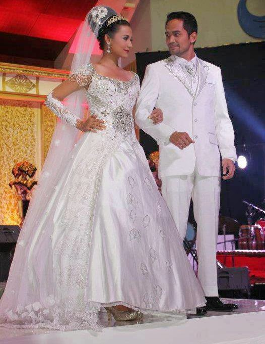 Wedding Dress Kebaya Modern - International Kebaya Batik ...