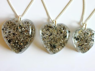 A variety of heart shaped pendant sizes for ashes