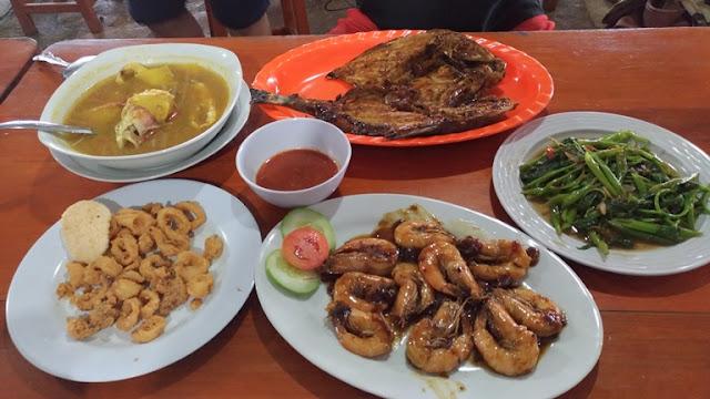 rumah makan seafood di belitung timur