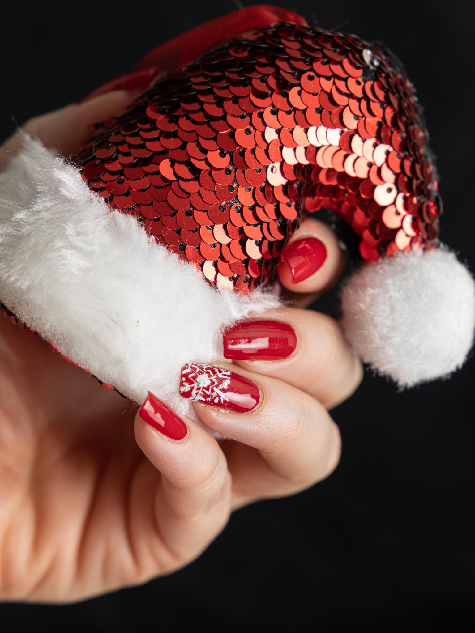 punaiset joulukynnet
