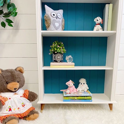 Small Mid-Century Modern Nursery Bookcase Makeover