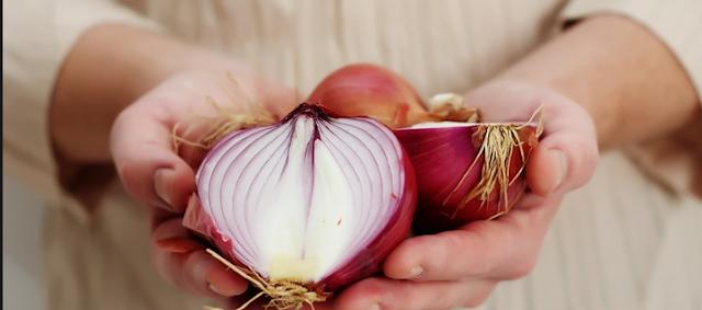 هل تعلم أن البصل يعالج أكثر من 10 مشاكل صحية؟؟اليك طريقة الاستعمال