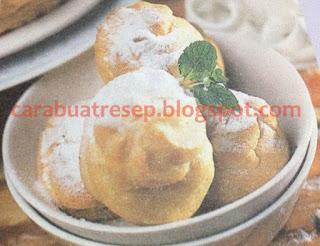 Foto Resep Kue Sus Basah Klasik Isi Vla