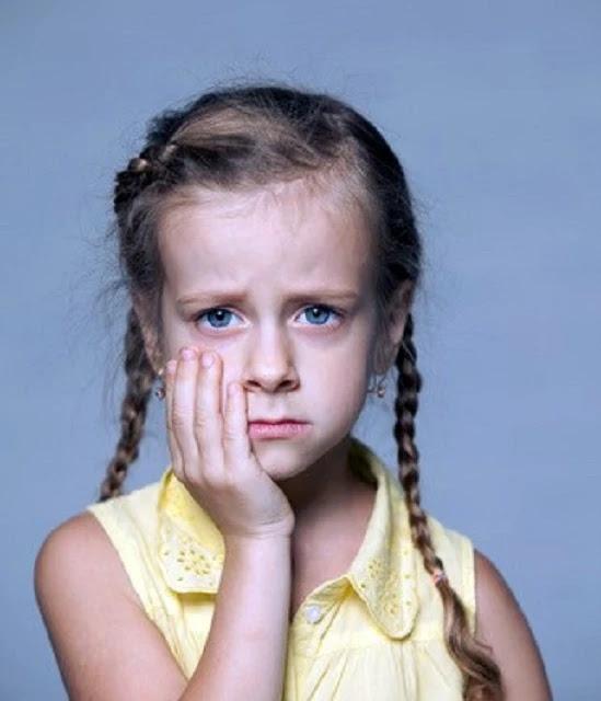 وجع الاسنان المفاجئ عند الطفل ونصيحة طبيب اسنان الاطفال.