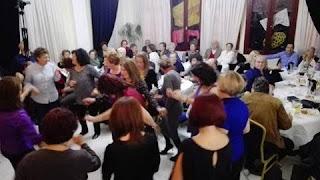 Στην κατάμεστη αίθουσα του Συλλόγου Μικρασιατών Πιερίας, πραγματοποιήθηκε η πρώτη Μουσική Βραδιά, το Σάββατο 29 Οκτωβρίου 2016.