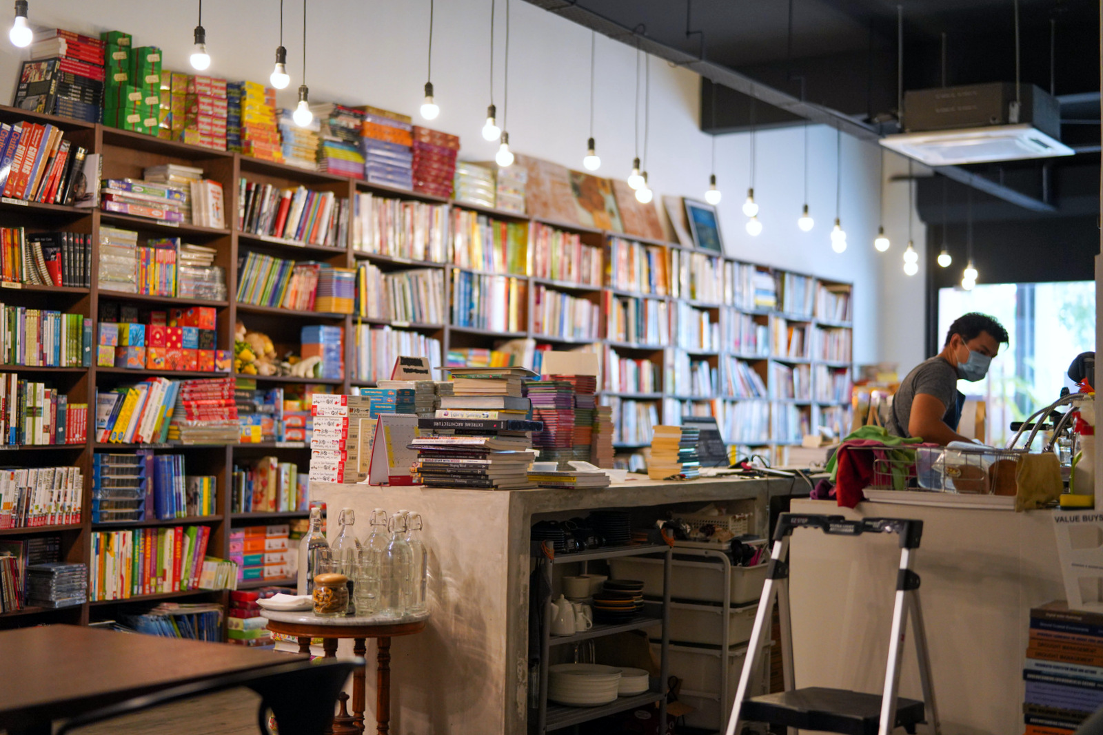 pages book cafe, ara damansara
