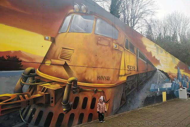 Brussels Street Art Graffiti SNCB Belgian Train Stations Meiser