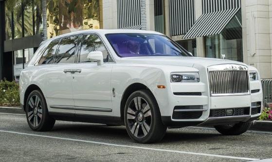 Rolls-Royce Cullinan: $327.750