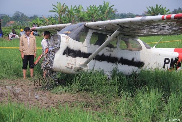 Pesawat Latih Cessna Jatuh di Indramayu, Satu Korban Belum Ditemukan