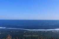 Laut lepas di Pantai Gunung Payung Bali