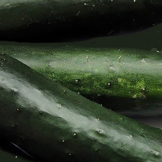 Salatalık maskesi