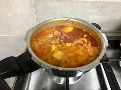 Aloo Gosht | Potato Meat Curry