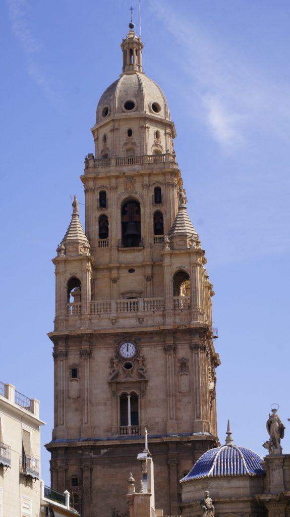 EUROPA: La Catedral De Murcia Posee El Tercer Campanario Más Alto De España por Kaiser Solano de Alpargata Viajera.