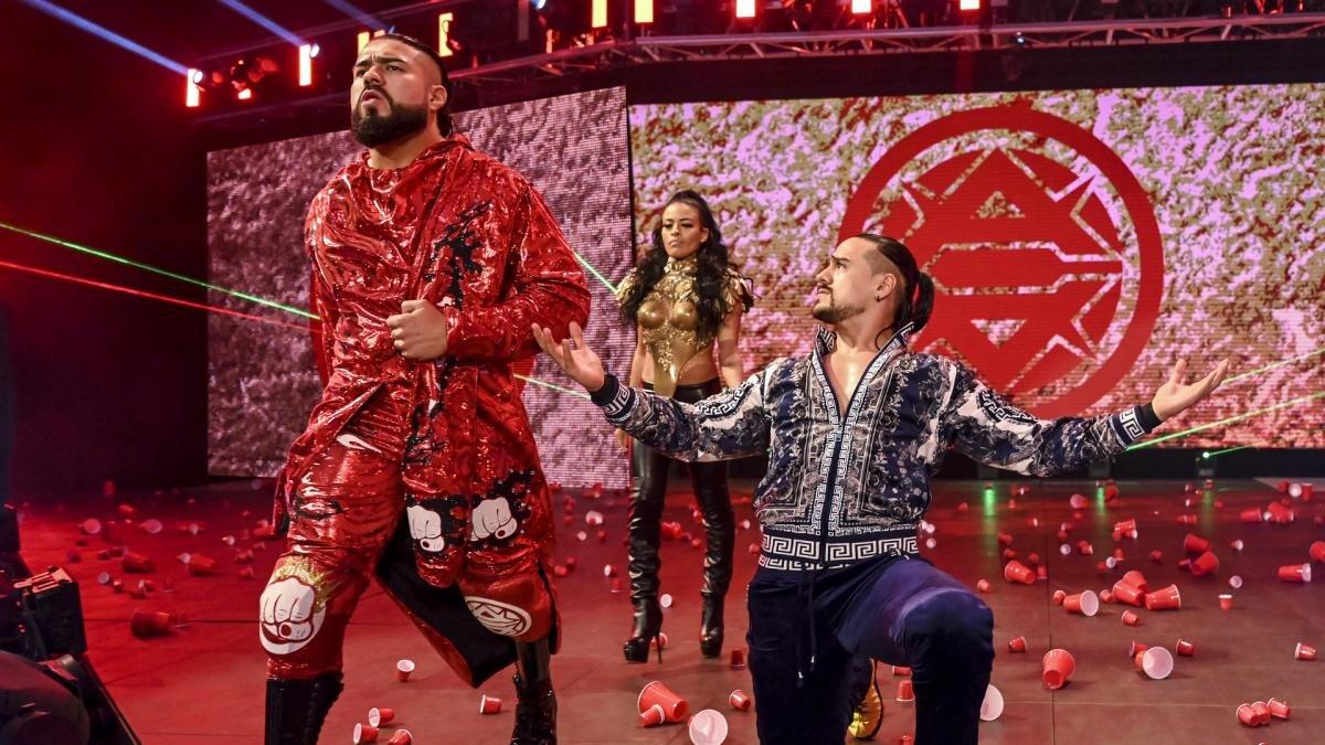 WWE não tem mais planos para Angel Garza e Andrade como dupla