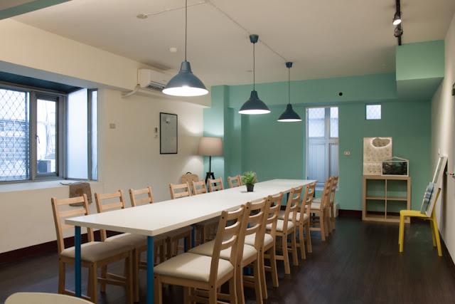 小樹屋教室出租中!提供您10間精選的台北小型教室,提供完整教室出租費用、設備資訊,讓您快速找到適合的教室!