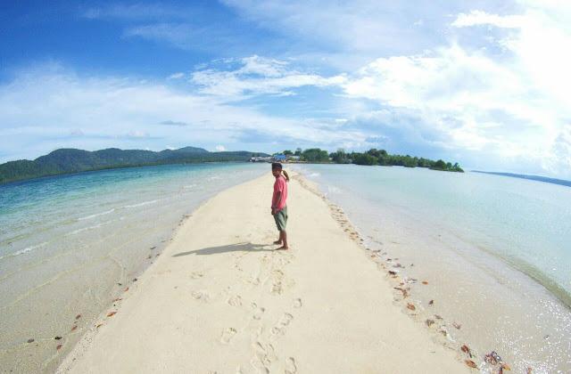 Pantai Bakealu