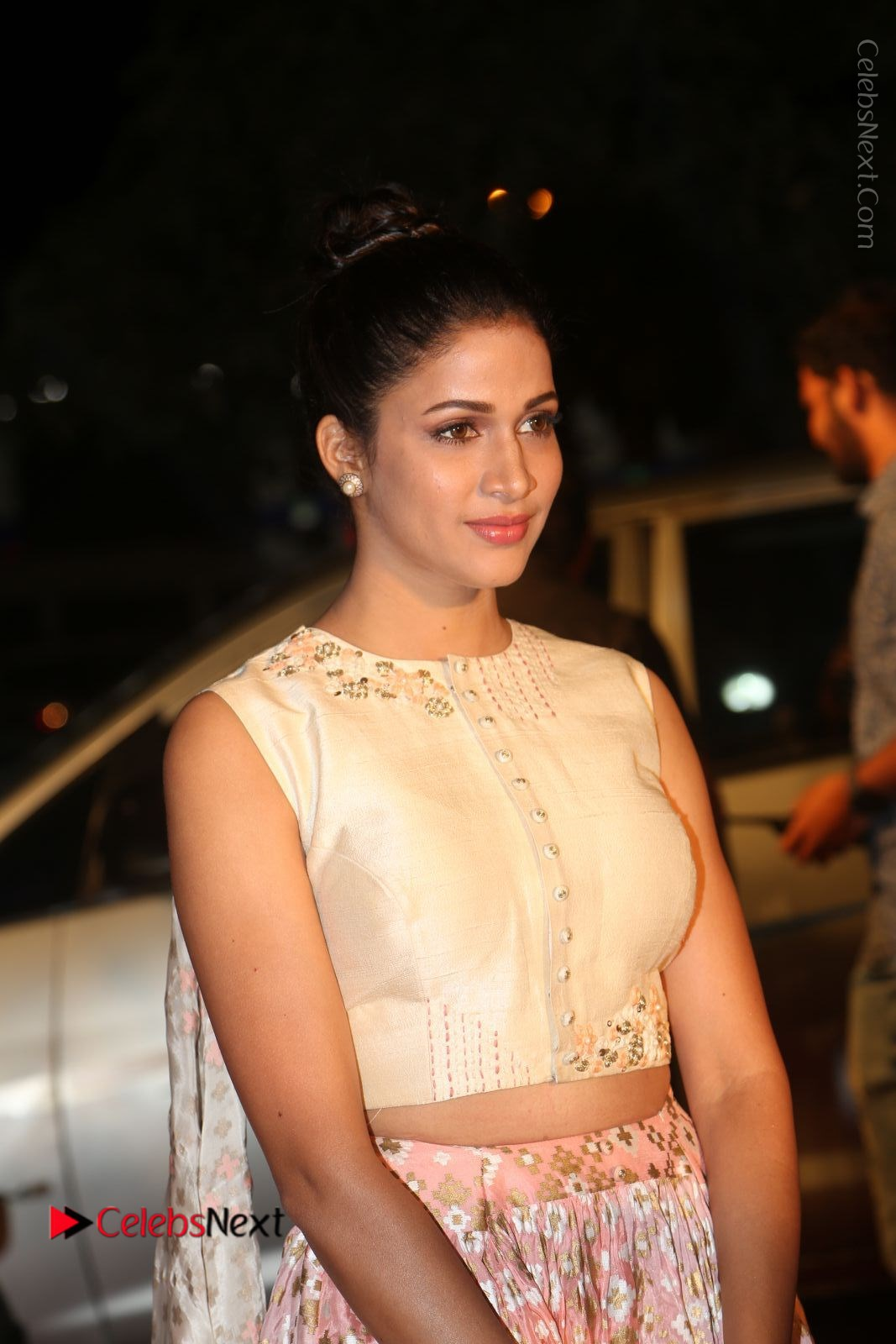 Lavanya Tripathi Stills in Beautiful Dress at Gemini TV Puraskaralu 2016 Event