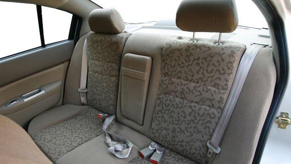 صور سيارة اسبرانزا A516 ال اس 2013 - اجمل خلفيات صور عربية اسبرانزا A516 ال اس 2013 - Speranza A516 LS Photos Speranza-A516_LS_2011_650x300_wallpaper_06.jpg