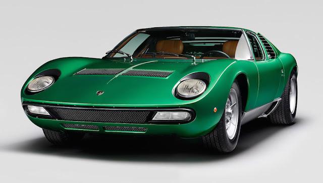 ランボルギーニが自社でレストアした1971年製の「ミウラSV」を公開。