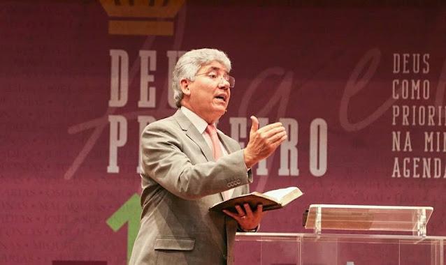"""""""Quanto mais perto de Deus, melhor você percebe o propósito Dele"""", diz Hernandes Dias Lopes"""