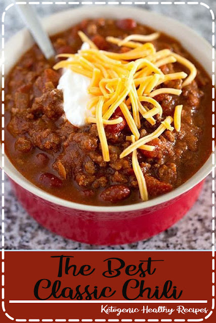 The Best Classic Chili - This traditional chili recipe is just like mom used to make with ground beef, beans, and a simple homemade blend of chili seasonings.