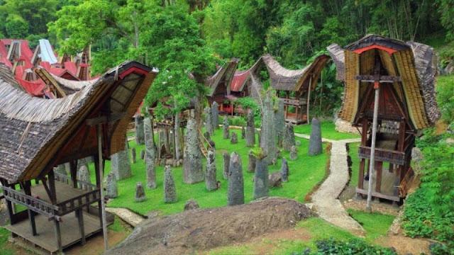 destinasi wisata di tana toraja