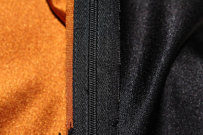 TNG skant - zipper seam allowance