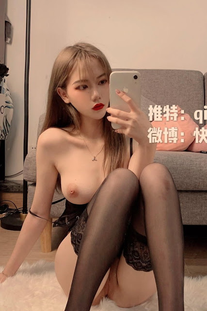 Hot and sexy nude photos of beautiful busty asian hottie chick Chinese model QinqinwoYa naked photo highlights on Pinays Finest Sexy Nude Photo Collection site.