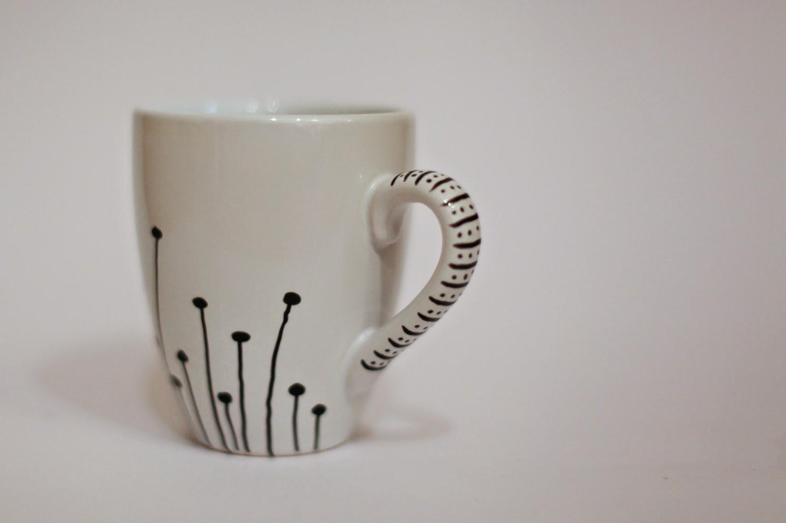 selbstgemacht ist selbstgemacht diy porzellanmalstift trifft tasse. Black Bedroom Furniture Sets. Home Design Ideas