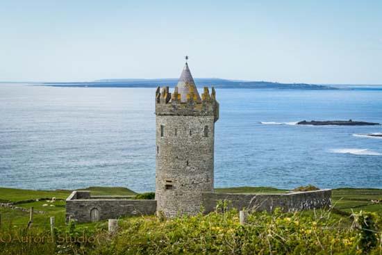 アイルランド西部、ドゥーリン、ドゥーナゴア・キャッスル