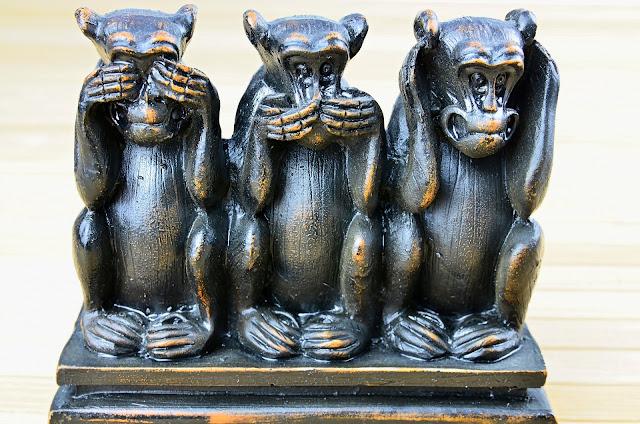 trzy mądre małpy
