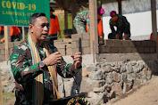"Bentuk Kepedulian Danrem 162/WB bersama Ketua Dharma Pertiwi Daerah ""J"" Serahkan Bantuan Kepada Kelompok Rentan Covid-19 dan Satgas Zeni TNI"