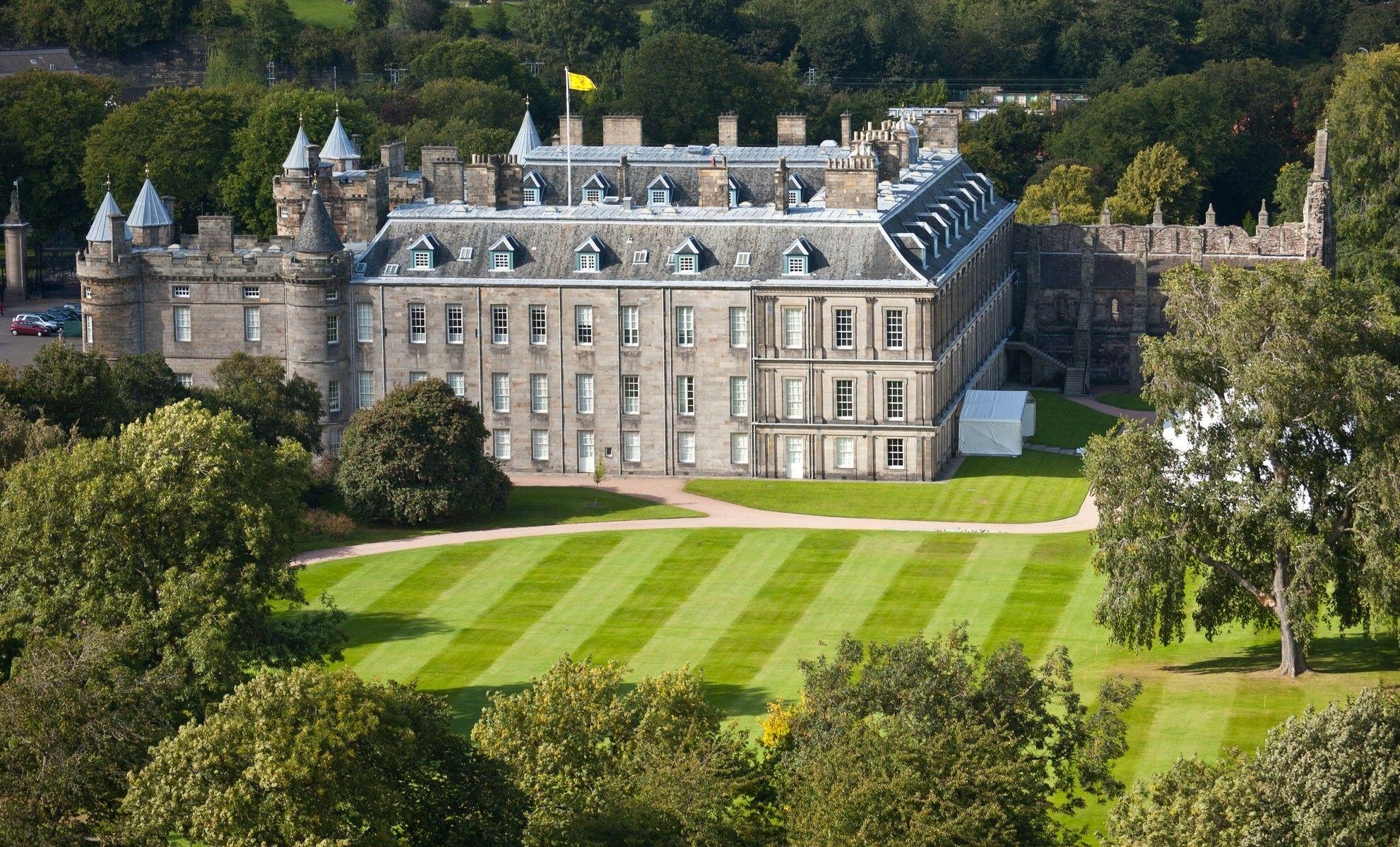 Holyrood Palace Images 2