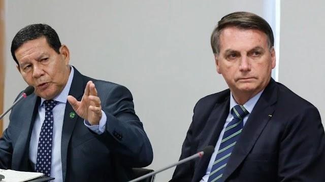 Bolsonaro diz que Mourão atrapalha