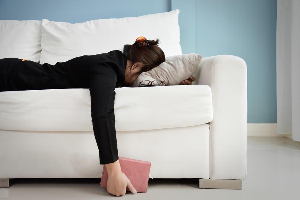 4 Cara Menghilangkan Kebosanan Saat Bekerja dari Rumah (WFH)